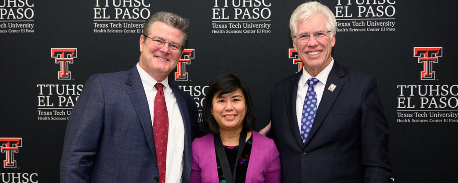 TTUHSC El Paso Associate Professor Honored With Distinguished Teaching Award