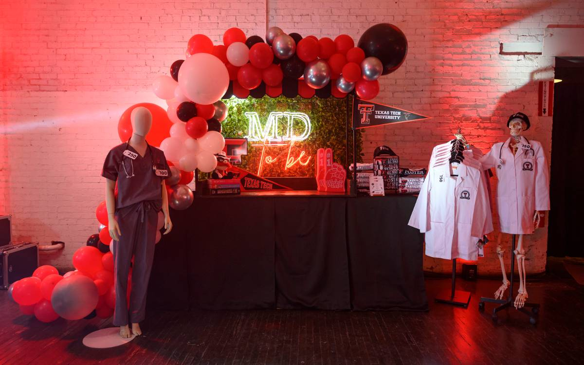 The MD-to-Be Pop-Up Shop display at the Foster School of Medicine's 10-year anniversary event.